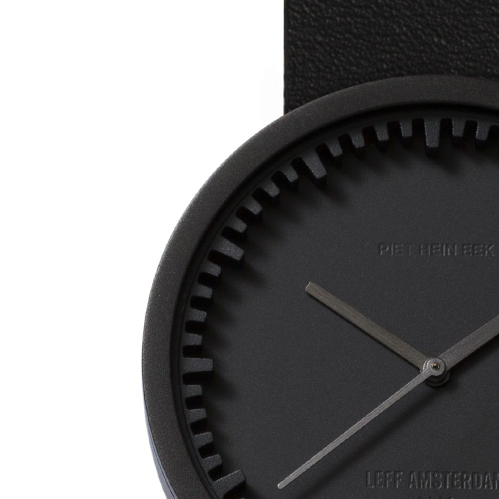 D38 black case black leather strap tube watch leff amsterdam design by piet hein eek zoom