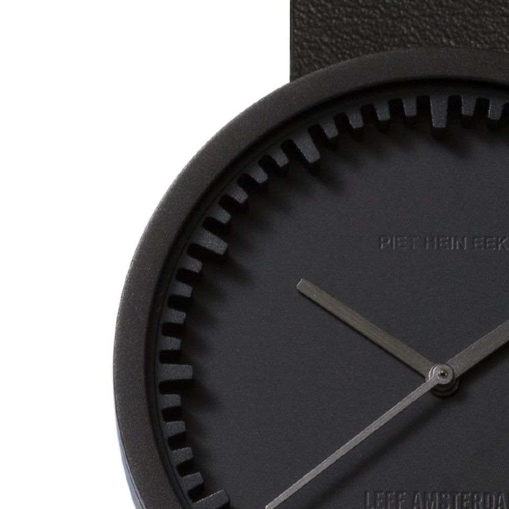 D42 black case black leather strap tube watch leff amsterdam design by piet hein eek zoom