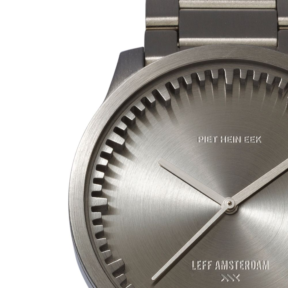 S42 steel tube watch leff amsterdam design by piet hein eek detail